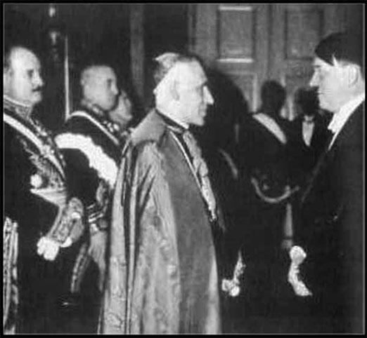 Hitler et le Nonce Papal Catholique, l'Archevêque Orsenigo