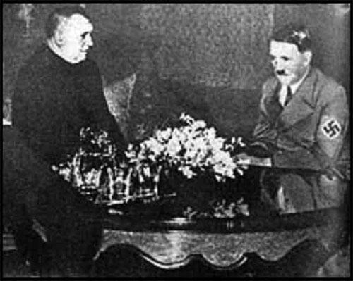 Le Prêtre Catholique Jozef Tiso et Hitler